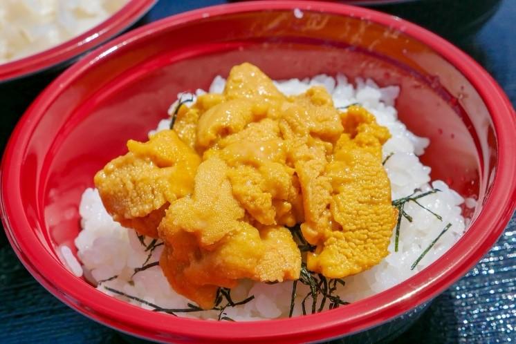 活ウニ丼 ゆかい村海鮮どんぶりまつり2018