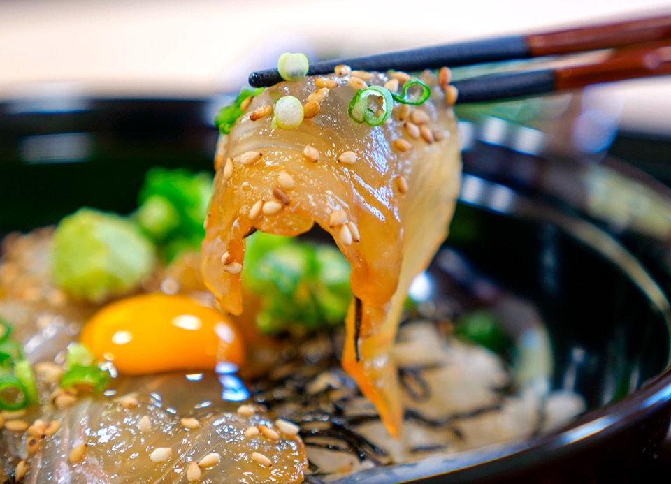 平目漬け丼(下風呂、津軽海峡産) 下風呂おんせん食堂